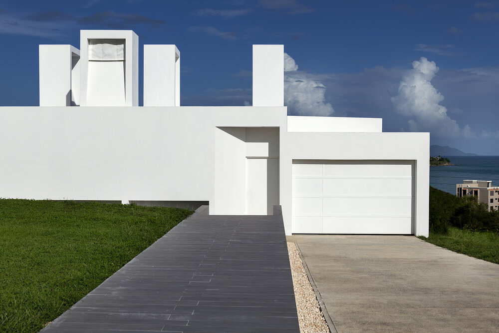 Casa_Flores_architecture_Puerto_rico_fuster_architects_house_entrance_front+Photo+by+Jaime+Navarro (1)