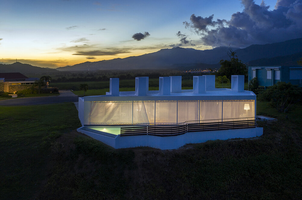 Casa_Flores_architecture_Puerto_rico_fuster_architects_night_view_house+Photo+by+Jaime+Navarro (1)